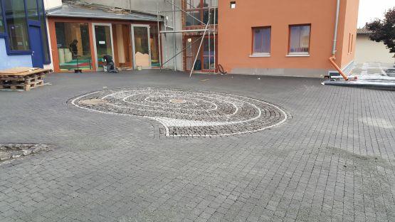Platzgestaltung Vulkaneum Schotten, 2017