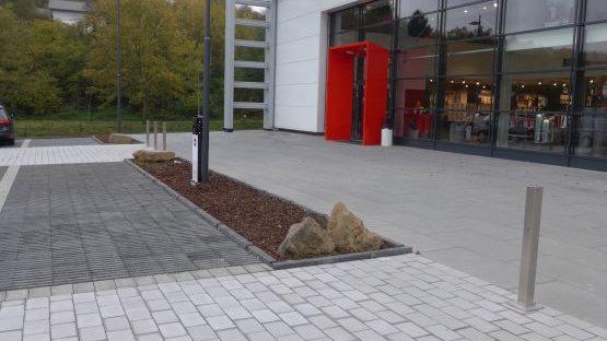 Parkplatz und Hofgestaltung Hailo Haiger, Baujahr 2017